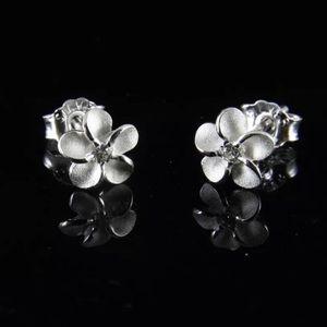 🆕925 Sterling Silver Hawaiian Plumeria Earrings